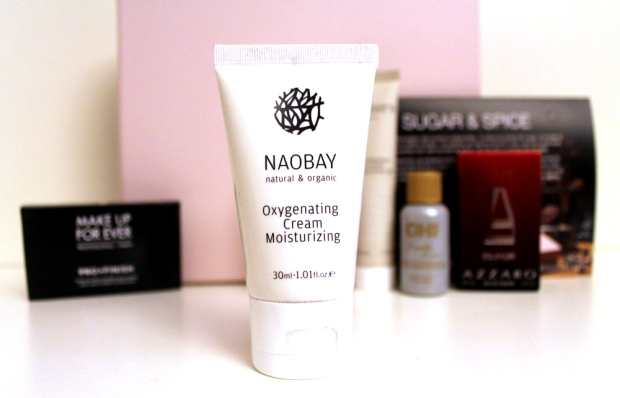 03-glossybox-oct13-cream-naobay