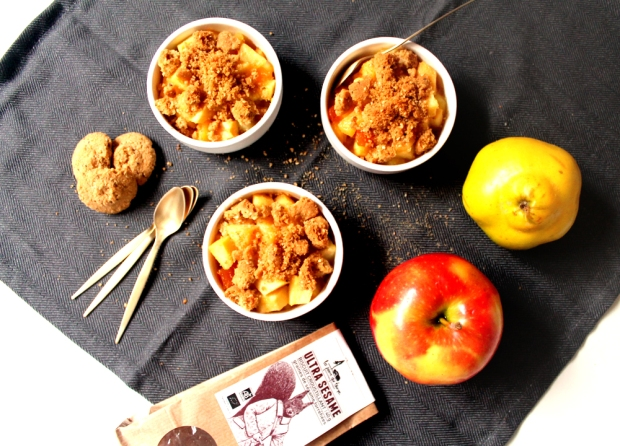 crumble-pomme-coing-abricot-sesame_3690 copie